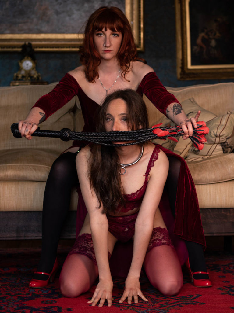 Domina_Roxy_Elixir_Double_with_submissive